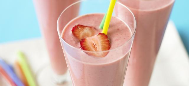 strawberry_shake_colour.jpg